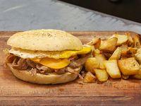 Sándwich queso y huevo a la plancha