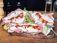 Combo - 3 Milanesa napolitana + ensala mixta (4 personas)