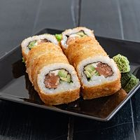 Crocante New York roll con Philadelphia (8 unidades)