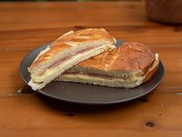 Sándiwch de jamón y queso