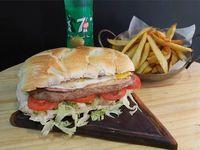 Promo - Lomo clásico de carne + papas + gaseosa linea Pepsi 500 ml o agua saborizada 500 ml