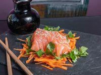 Sashimi de salmón (4 unidades)