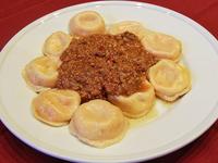 Sorrentinos de peperone y muzzarella