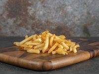 Ración de papas fritas tradicionales