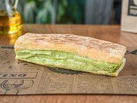 Veggie avocado sándwich