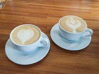 Pide 2 café y paga menos