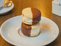 Mini alfajor helado de Mousse de Limón
