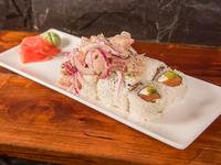 111 - Ceviche sake rolls (8 piezas)