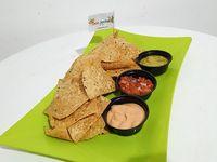 Nachos con Salsa