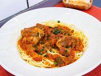 Spaghetti con estofado de carne