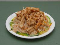61 - Chau jo fen con pollo