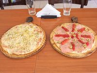 Promo de lunes a jueves - Pizza grande especial + pizza muzzarella grande