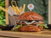 Burger Cardio Salmón + papas  fritas + soda 355 ml