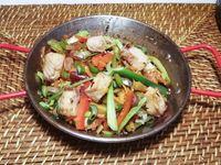 Salmón premium a la plancha con teriyaki y verduras