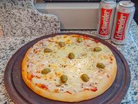 Pizza grande con muzza + 2 cervezas Schneider de lata 473 ml