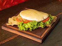 Sándwich de lechuga y tomate