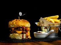 Capon burger