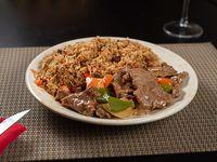 Combo 4 - arroz chao fan con cerdo + carne a la pimienta