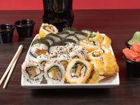 Combo 13 - 30 piezas de sushi a elección + bebida 1.5 L