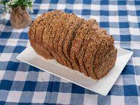 Pan de molde artesanal multicereal negro