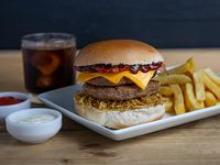 Combo  - Burger Bacon + papas fritas + bebida 350 ml