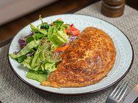 Omelette capresse con ensalada