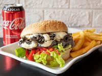 Combo - Natural burger + Papas fritas + Bebida en lata 330 ml + helado artesanal 12onz