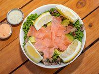Ensalada salmon ahumado