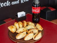 Promo - Docena de empanadas + bebida