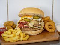 Hamburguesa (elige tu estilo) + acompañamiento