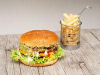 Hamburguesa ranchera con papas fritas (porción 150 g)
