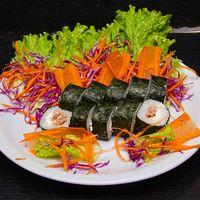 Uramaki tuna cream roll (10 piezas)
