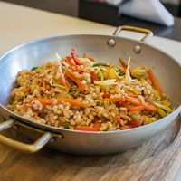 Salteados de arroz yamaní