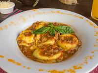 Sorrentinos de mozzarella y jamón