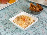 Porción de hummus de 250 g con dip de pan de pita tostado con zaatar