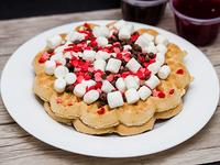 4 Waffles con marshmallows y chips de chocolate
