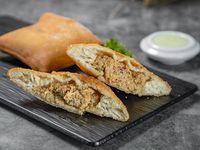 Empanada Panameña de pollo