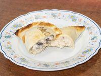 Empanada de pollo al champignon