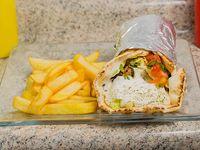 Shawarma Clasico con papas fritas