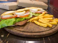 Sándwich de milanesa de ternera completa 20 cm