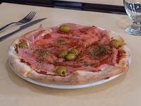 7- Pizza con jamón