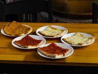 Promo - 2 x1 de pizza + pizza muzzarella + fainá de regalo