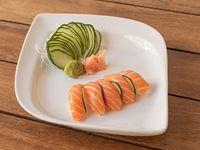 Nigiri de salmón (5 unidades)
