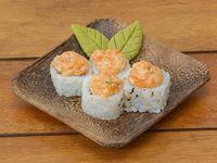 Salmón tataki roll (8 unidades)