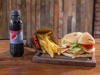 Combo - Hamburguesa de pollo criolla + papas fritas + bebida 250 ml