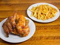 Promo 2 - Trozo de costillar + 1/2 pollo asado + papas fritas king