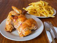 Promo para 2  - 1/2 pollo + papas fritas lider