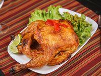 Pollo al horno entero con 1 kilo de fritas