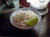 Porción de fideos de arroz