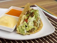 2 Tacos Sencillos + 1 Nacho Sencillo